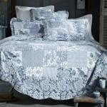 laura_blue quilt 2